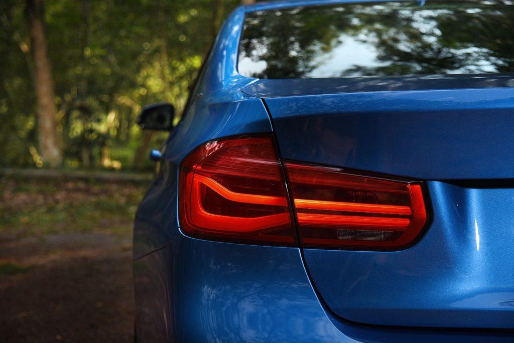 BMW 330e M sportn2018-8.jpg