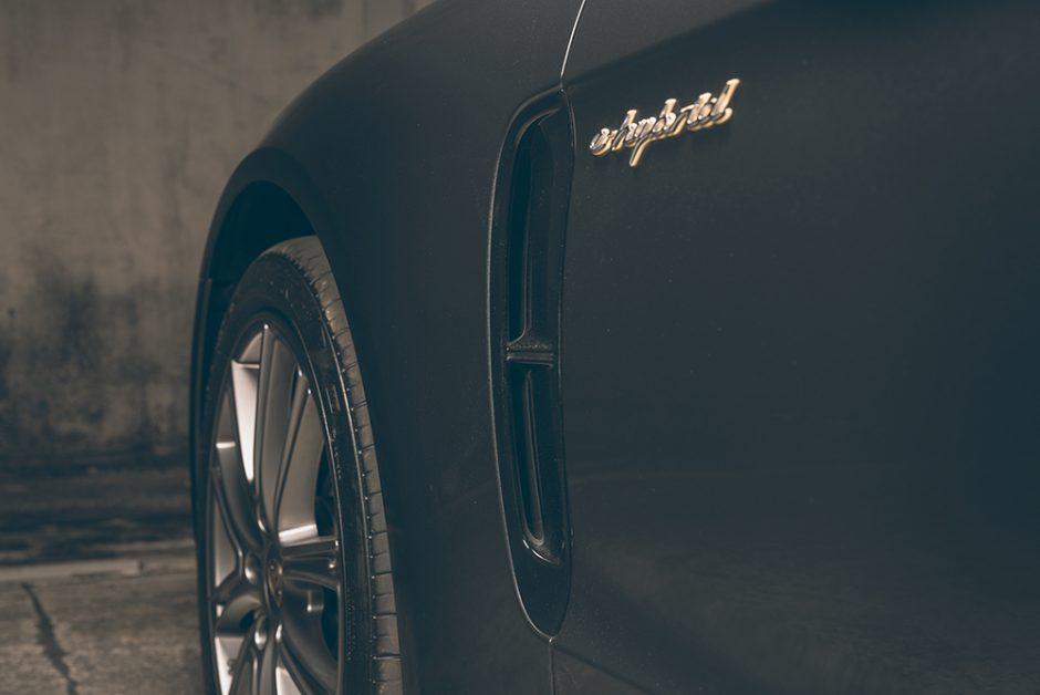 รีวิวทดสอบรถPorsche Panamera-4 E-Hybrid Sport Turismo-8.jpg