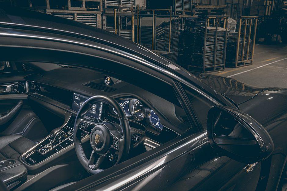 รีวิวทดสอบรถPorsche Panamera-4 E-Hybrid Sport Turismo-10.jpg