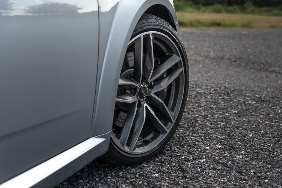Audi TTS Coupe-ยนตรกรรมสปอร์ต-จากเยอรมัน-20.jpg