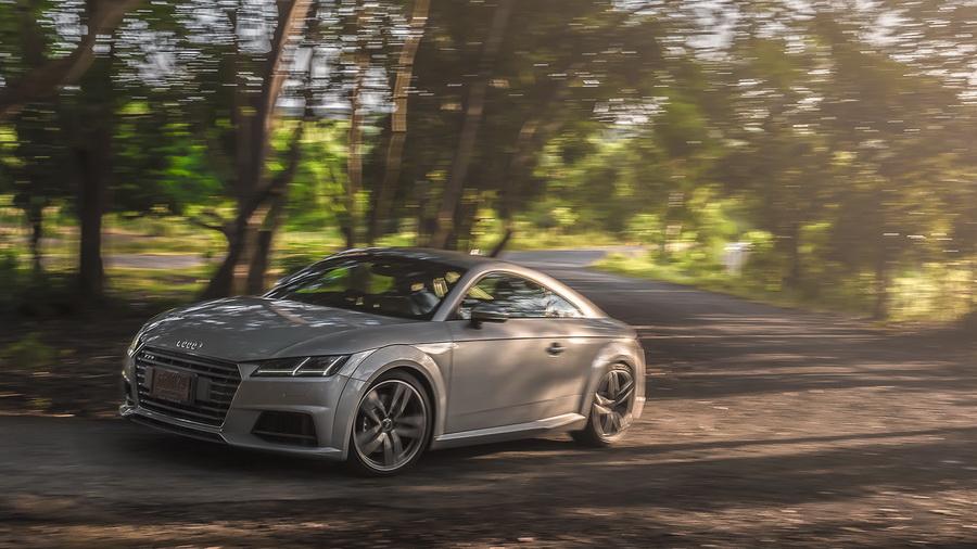 Audi TTS Coupe-ยนตรกรรมสปอร์ต-จากเยอรมัน-3.jpg