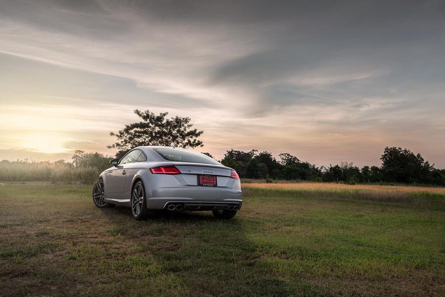 Audi TTS Coupe-ยนตรกรรมสปอร์ต-จากเยอรมัน-24.jpg