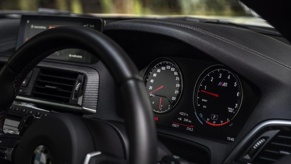 รีวิวทดสอบรถ BMW M2 Coupe-เครื่องยนต์ M-สายพันธุ์แท้-12.jpg