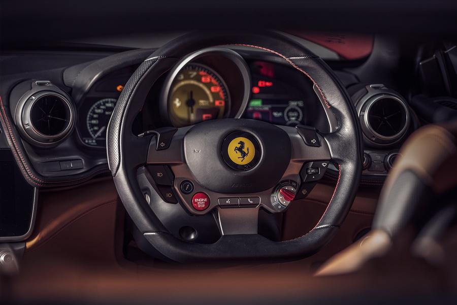 รีวิวทดสอบรถ Ferrari GTC4Lusso T-15.jpg