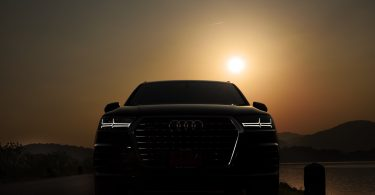 Download wallpaper Audi Q7-06