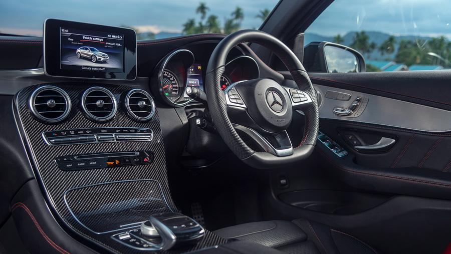 รีวิวทดสอบรถ Mercedes-AMG GLC 43 4MATIC Coupe-10.jpg