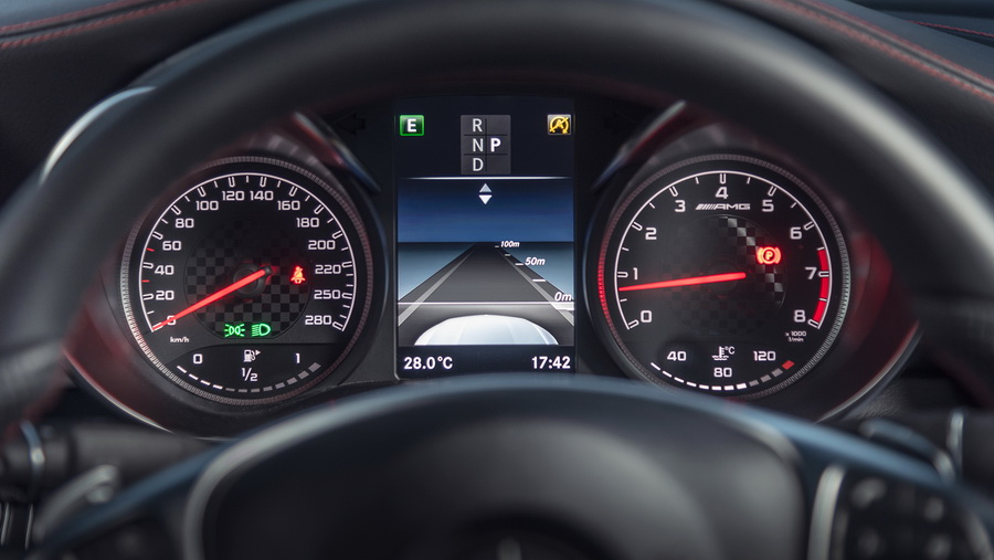 รีวิวทดสอบรถ Mercedes-AMG GLC 43 4MATIC Coupe-11.jpg