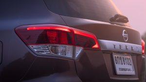รีวิว Nissan Terra 2.3 VL 4WD (ไฟท้าย)