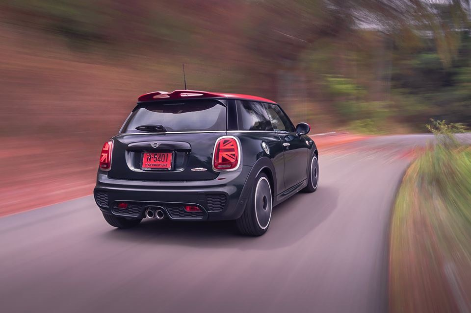 MINI JCW 3-Door Hatchback