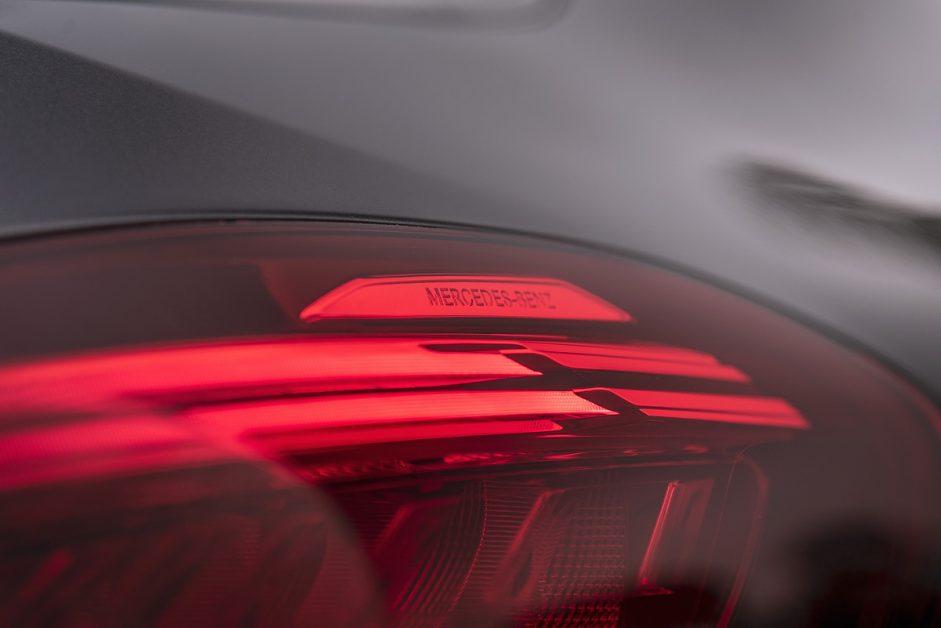 รีวิว ทดสอบ Mercedes-Benz C300e AMG Sport